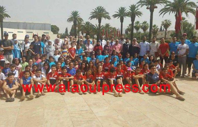 """جماعة فاس تعطي الإنطلاقة الرسمية لعملية """"السباحة للجميع"""" التي تستهدف 800 طفل وطفلة من أبناء المناطق الهشة"""