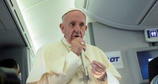 البابا فرانسيس : لا يمكن الربط بين الإسلام والإرهاب إطلاقا