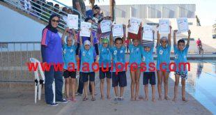 """جمعية السلام الرياضي للسباحة تحتفي بالمستفيذين من عملية الموسم الصيفي """"السباحة للجميع"""" بشراكة مع جماعة فاس"""