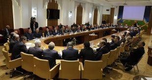 أخنوش RNI وساجد UC يترأسان الإجتماع الأول لفريقهما النيابي المشترك بمقر مجلس النواب
