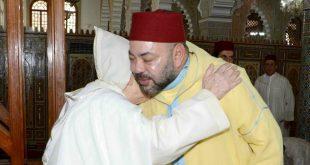 جلالة الملك محمد السادس حفظه الله يؤدي صلاة الجمعة بمسجد الإمام مالك بفـــــاس