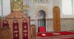 فضيحة مالية ضحاياها المستفيدون من الهبة الملكية قراء الختمات القرآنية بضريح المولى إدريس بفاس