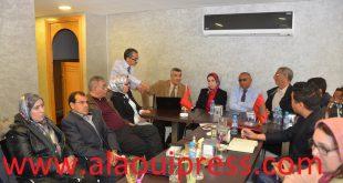 بنب حيدب رئيس منظمة جمع شمل الصحراويين في العالم في لقاء تشاوري مع أساتذة جامعيين وفاعلين حقوقيين وجمعويين بفاس