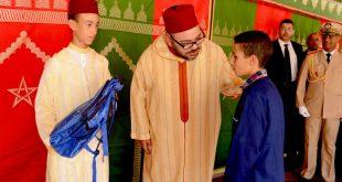 """جلالة الملك محمد السادس حفظه الله يعطي الإنطلاقة الرسمية للمبادرة الملكية """"مليون محفظة"""" بمدينة طنجة"""